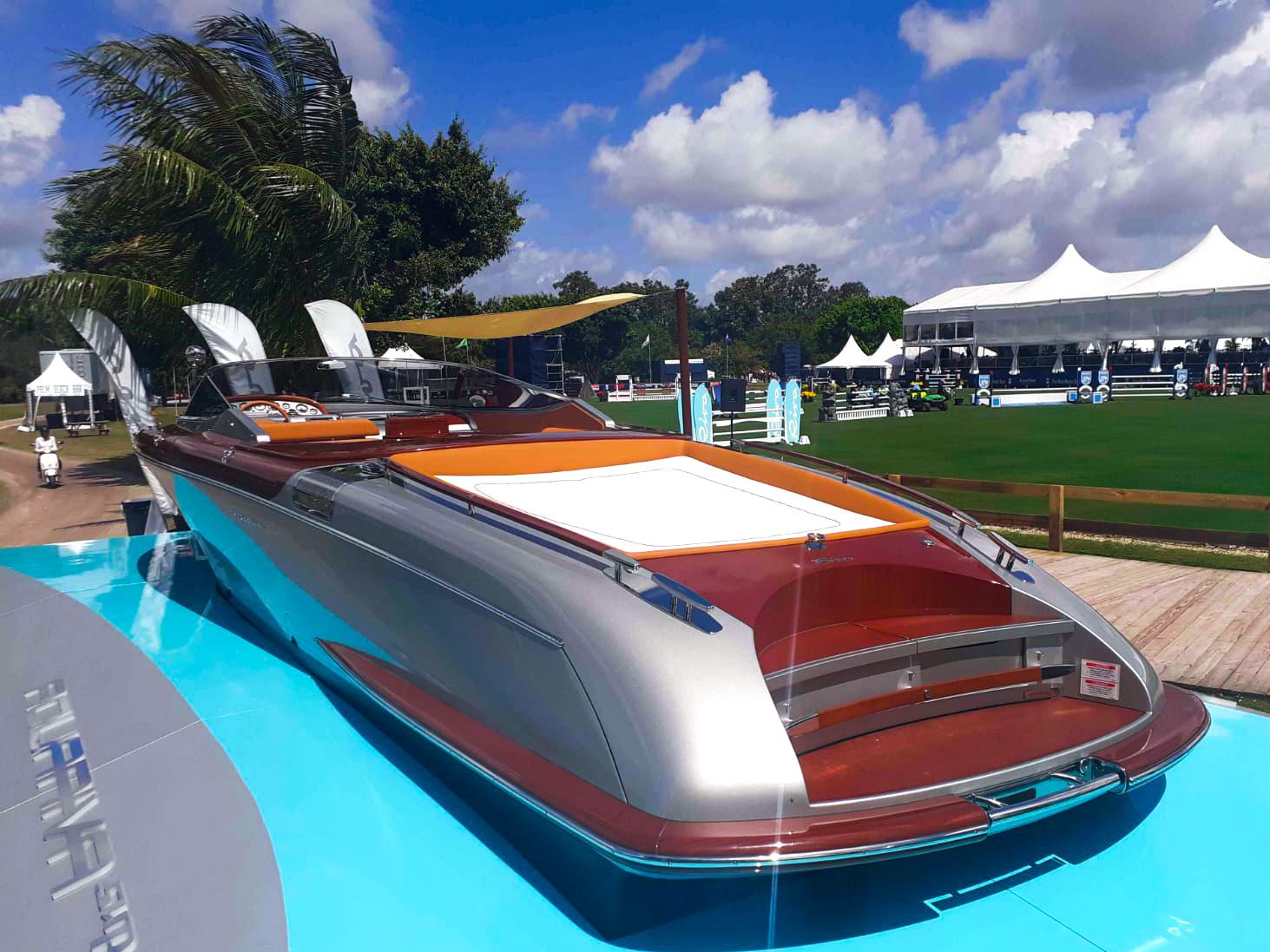 Ferretti Group - Yacht Display